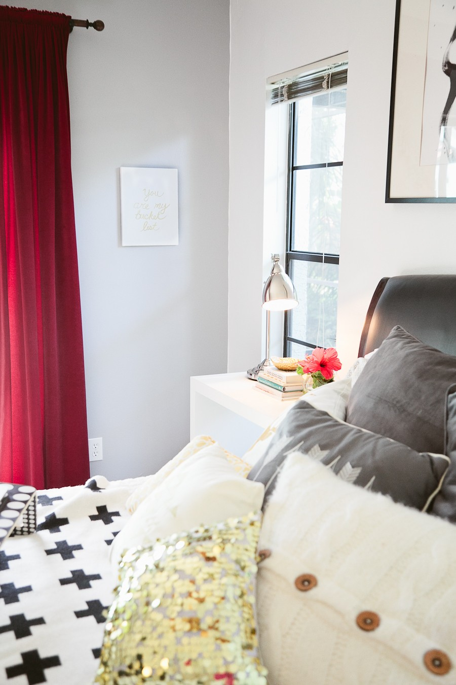 5 Tips to Cozy Up a Rental Space | Bedroom Makeover on Fresh Mommy Blog-17