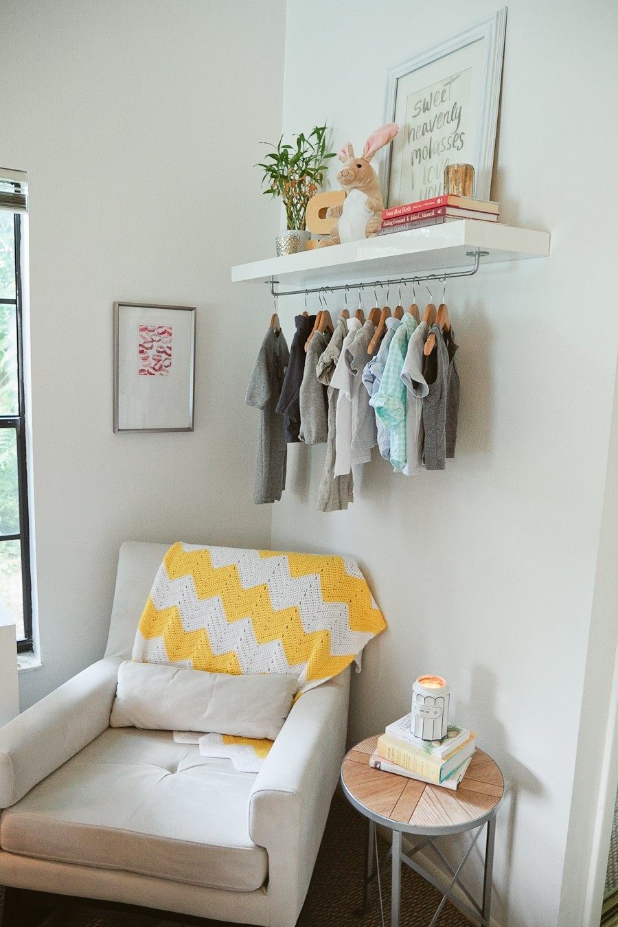 5 Tips to Cozy Up a Rental Space | Bedroom Makeover on Fresh Mommy Blog