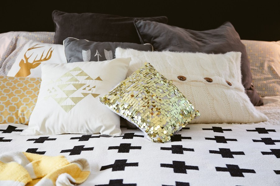 5 Tips to Cozy Up a Rental Space   Bedroom Makeover on Fresh Mommy Blog-9