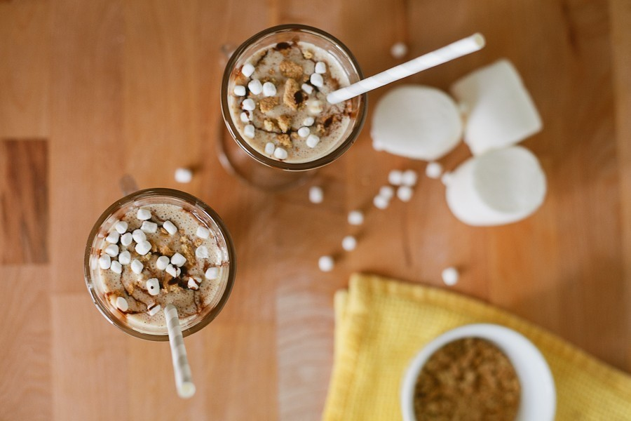 Smores Week on Fresh Mommy Blog | S'mores Shake