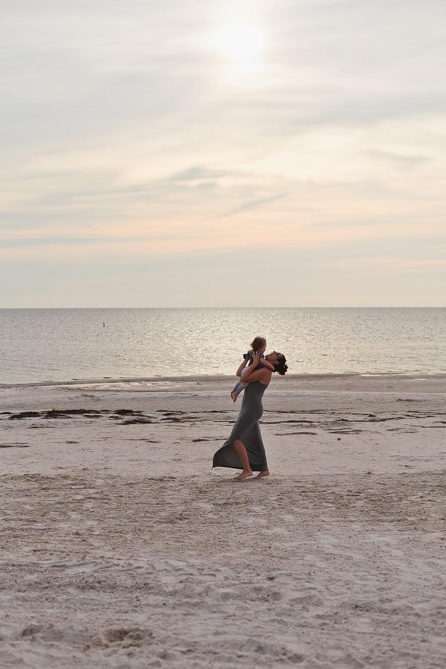 A night at the beach | Fresh Mommy Blog-35