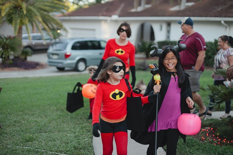 DIY Incredibles Costume | Fresh Mommy Blog-18 - Easy DIY Incredibles Family Costume by popular Florida lifestyle blogger Fresh Mommy Blog