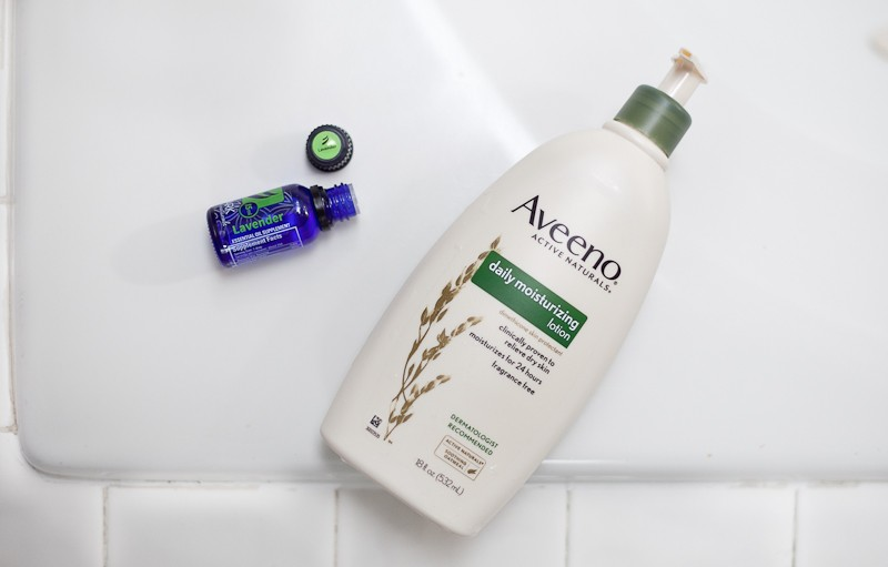 Smooth winter skin with Aveeno Active Naturals Daily Moisturizer