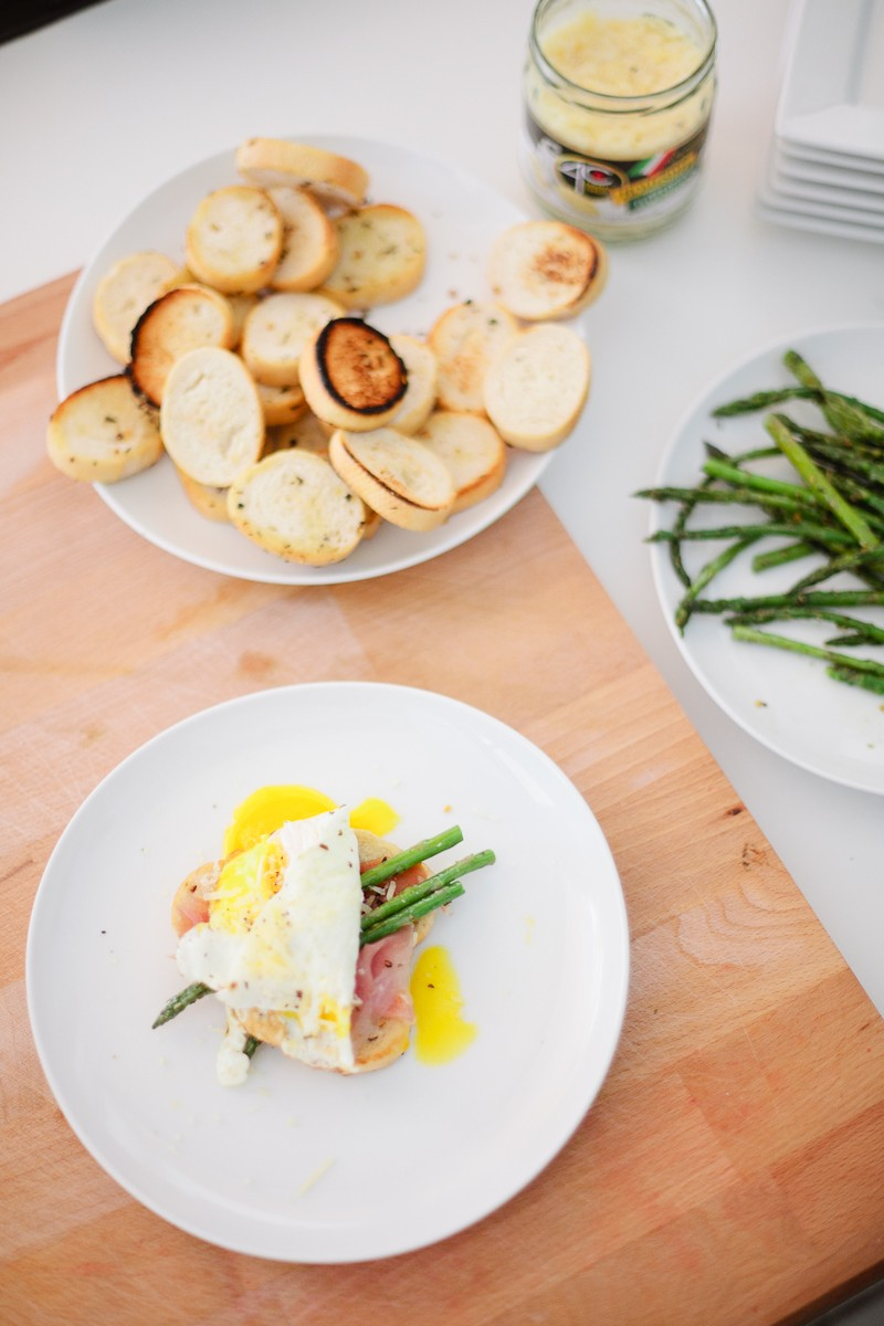 Grilled Asparagus with Proscuitto and Egg-13