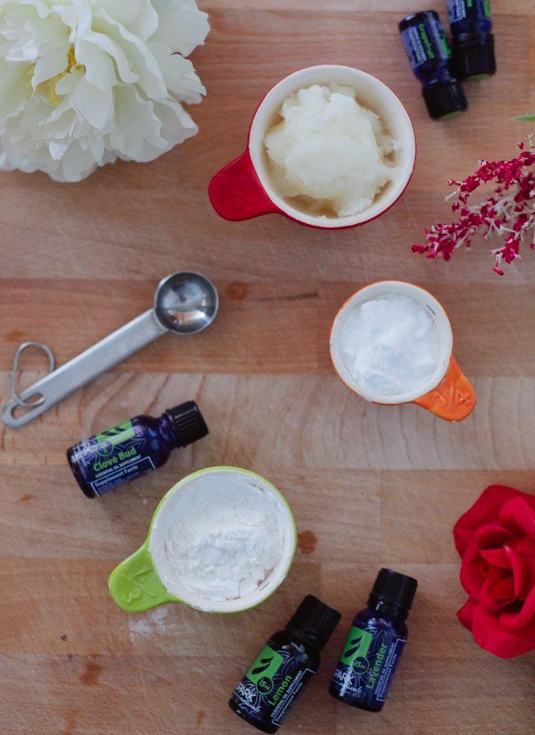 Easy DIY Deodorant With Simple Ingredients