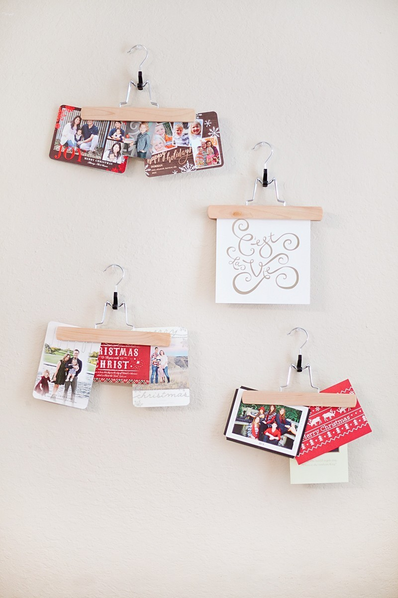 Easy DIY Christmas Card and Art Display
