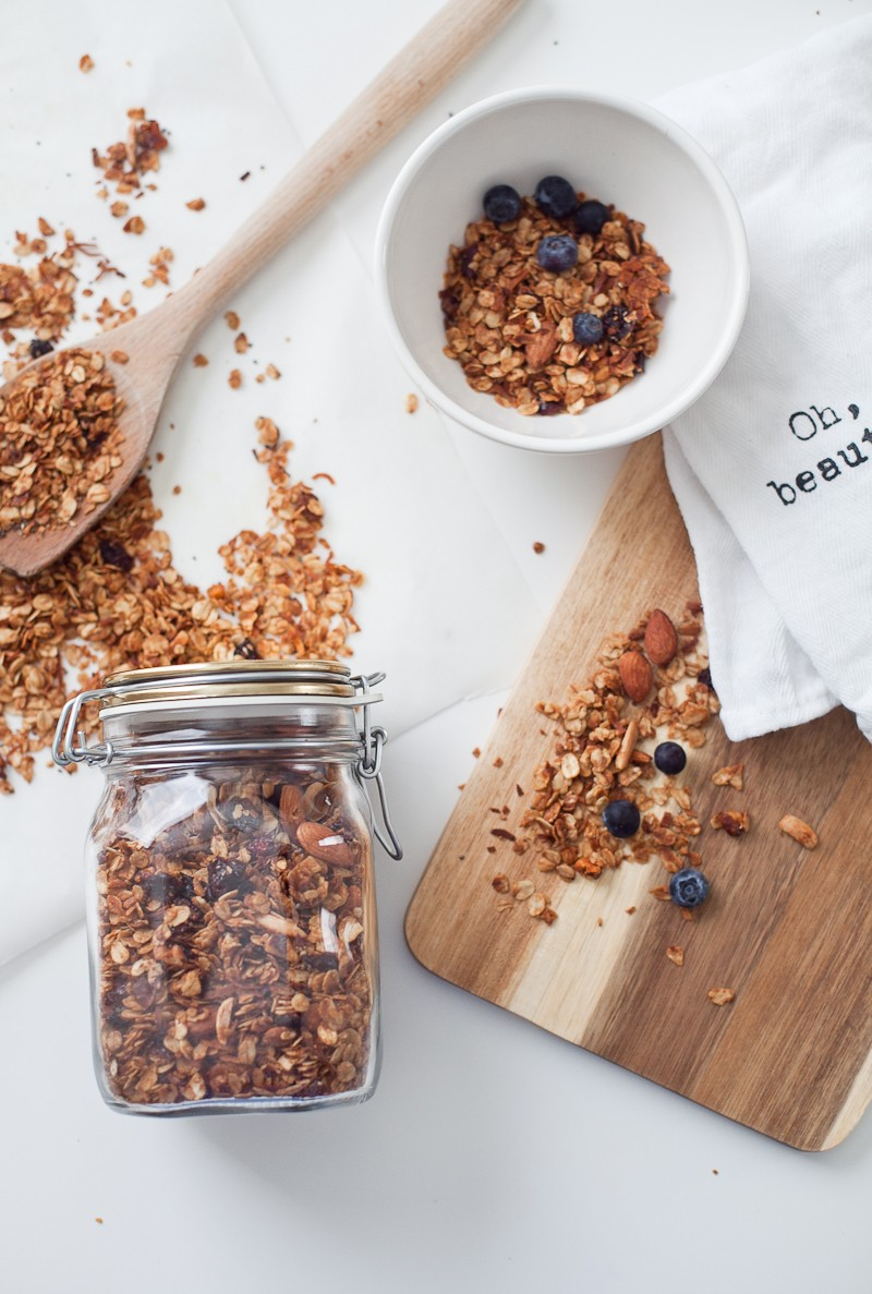 Easy Homemade Granola… healthy and simple to make for your family!