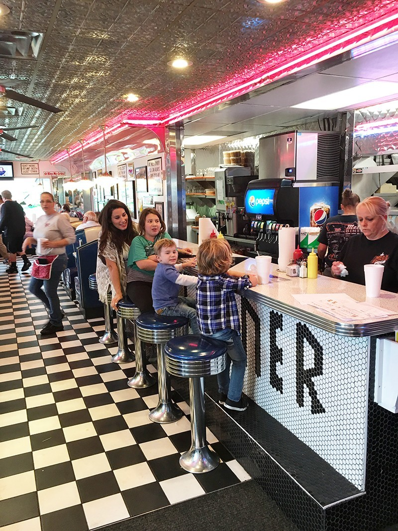 Pigeon Forge Family Fun Vacation Mel's Diner