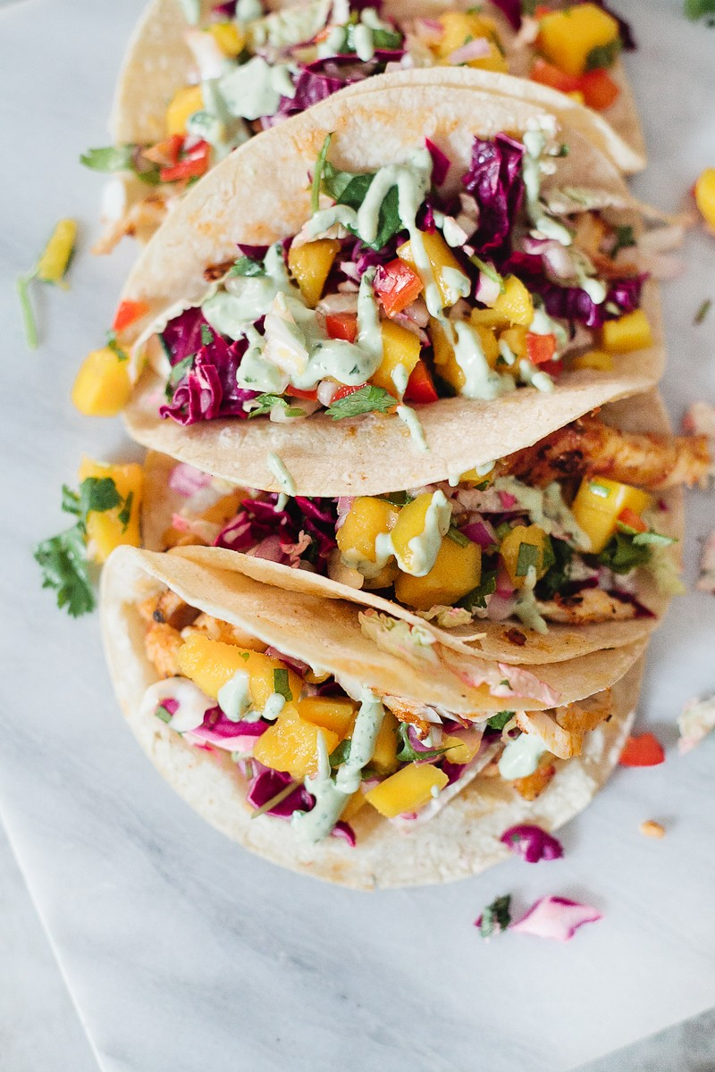 Blackened fish tacos with mango salsa avocado lime for Fish taco recipe sauce