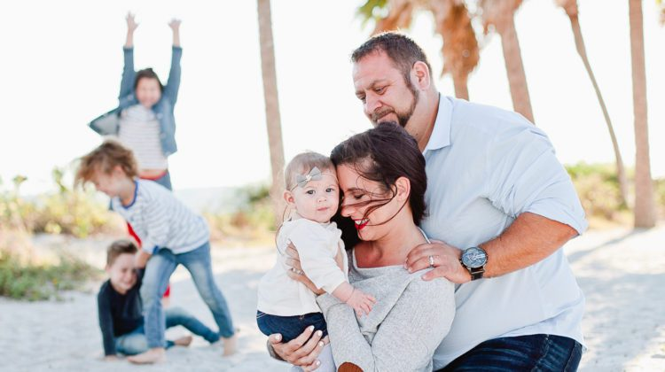 A frolicking, fun, family Christmas photo shoot at the beach!