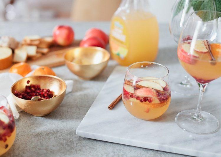 Tangerine Apple Cider Cocktail Recipe | A Holiday Mocktail