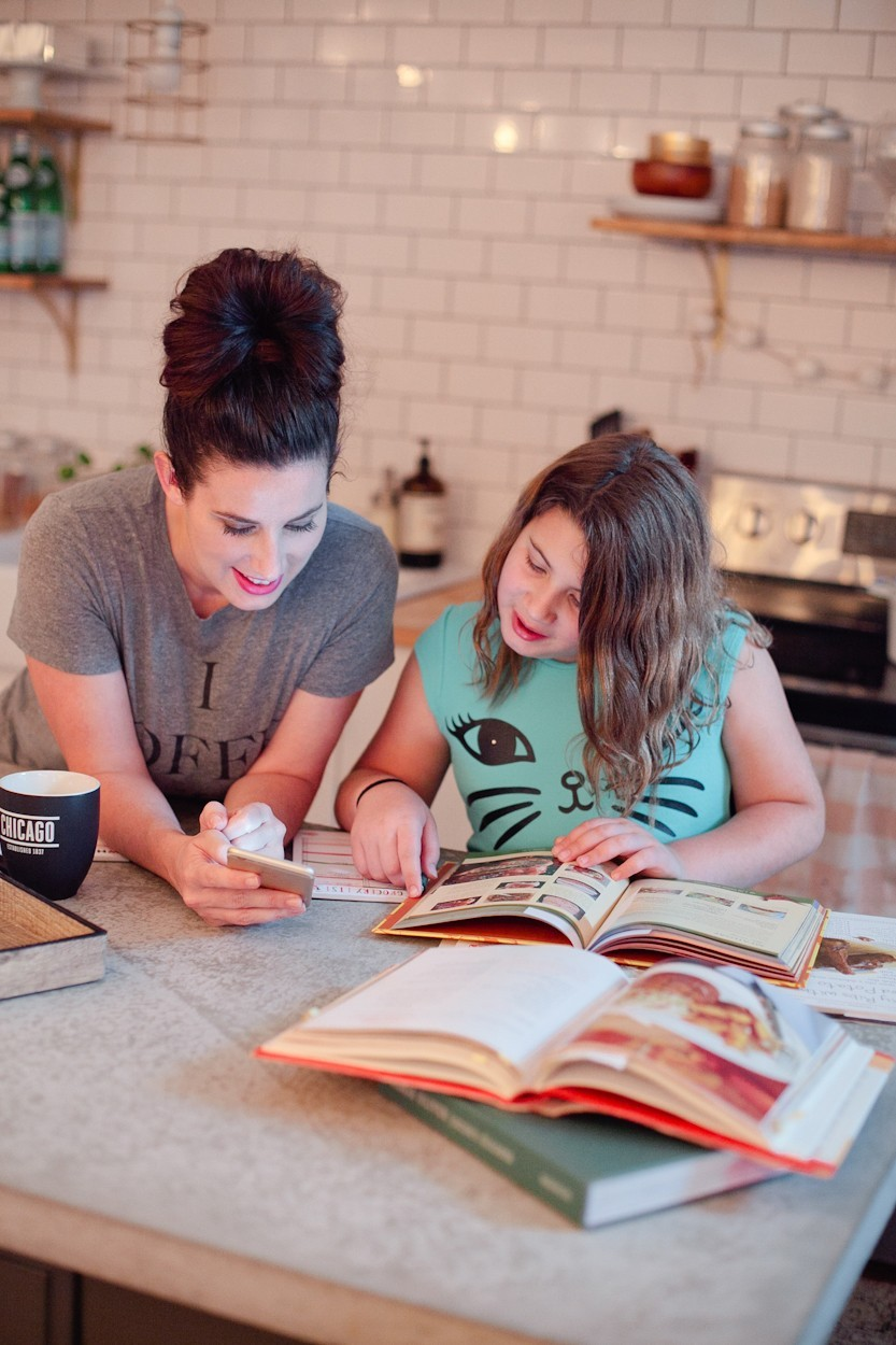 How to Get Your Kids Involved in the Kitchen and Meal Planning Tips!