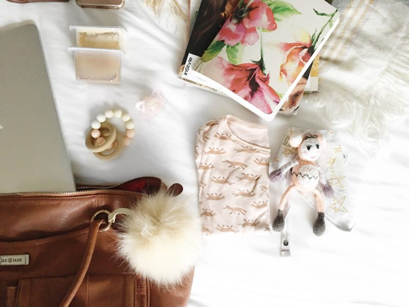 PACKING TIPS: What to Pack in My Carry On Tote with a Baby