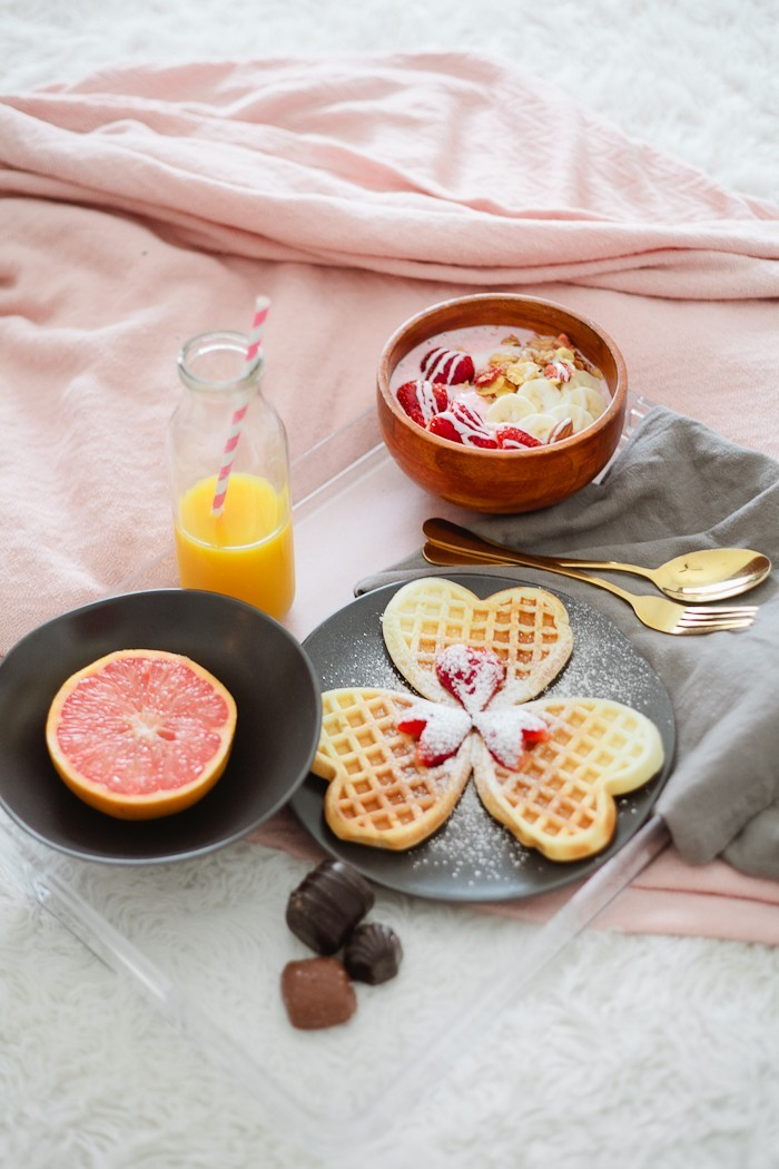 Valentines Day Breakfast in Bed with Strawberry Smoothie Bowl by popular Florida lifestyle blogger Fresh Mommy Blog