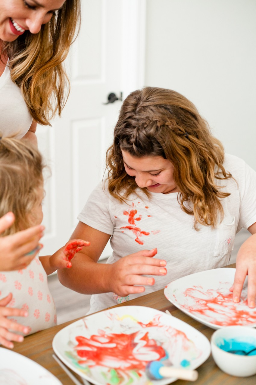 Make Learning Fun with this Edible Finger Paint! Just two simple ingredients from your kitchen will allow for so much creative learning and free play. Plus how we clean up and not stress the mess. Live More, Worry Less.