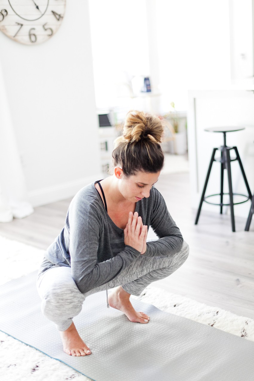 Period Tips: Advice to Help you Cope with and Conquer That Time of the Month. Recipe, food, exercise, pampering tips and more for period week! - Period Tips: Advice to Help you Cope with That Time of the Month by popular Florida lifestyle blogger, Fresh Mommy Blog