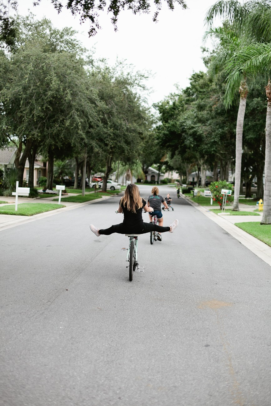 Fun Outdoor Summer Activities: How I Worry Less + Play More featured by popular Florida lifestyle blogger, Tabitha Blue of Fresh Mommy Blog. Tips for kids, backyard ideas and one big thing that gives parents peace of mind!