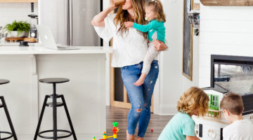 Balancing Work and Family: the Juggle Struggle featured by top Florida lifestyle blog, Fresh Mommy Blog