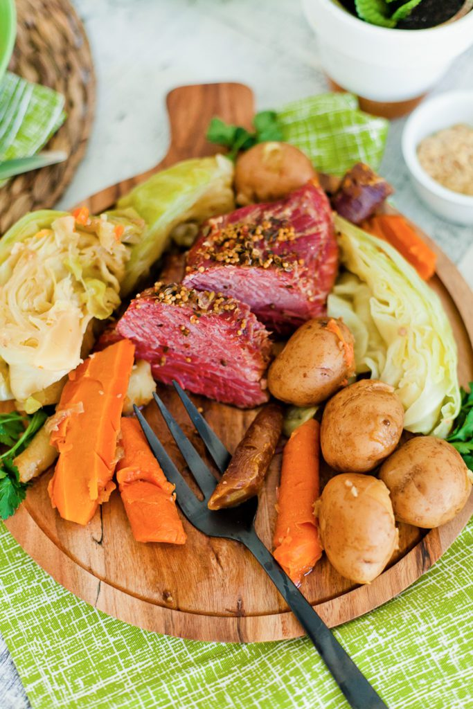 Instant Pot Corned Beef and Cabbage Recipe featured by top US food blog Fresh Mommy Blog
