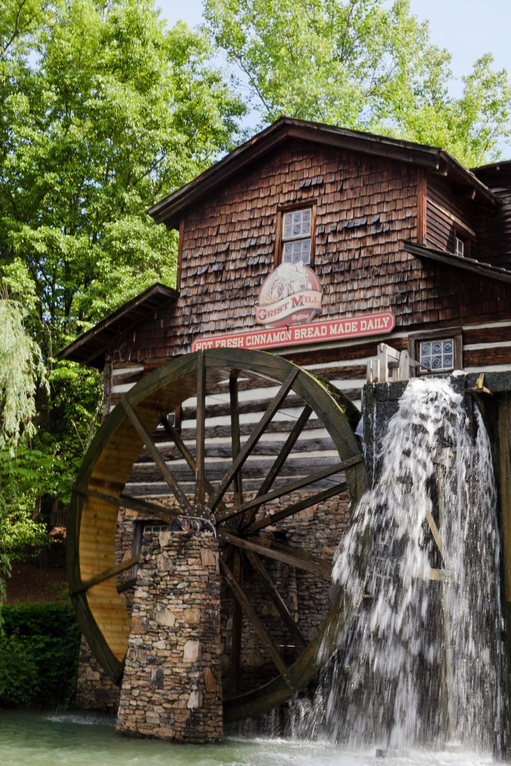 A Day at Dollywood and the new Wildwood Grove | VIDEO with Southern Living and Tabitha Blue of Fresh Mommy Blog | A Day at Dollywood and the new Wildwood Grove | VIDEO with Southern Living by popular Florida travel blog, Fresh Mommy Blog: image of Dollywood Grist Mill.