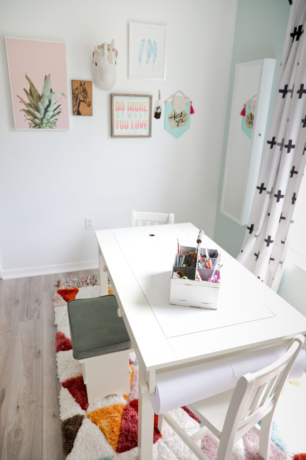 6 Best Tips to Transition Your Child from Crib to Toddler Bed: Aria's Big Girl Bed | 6 Best Tips to Transition Your Child from Crib to Toddler Bed: Aria's Big Girl Bed by popular Florida lifestyle blog, Fresh Mommy: image of a play art table.