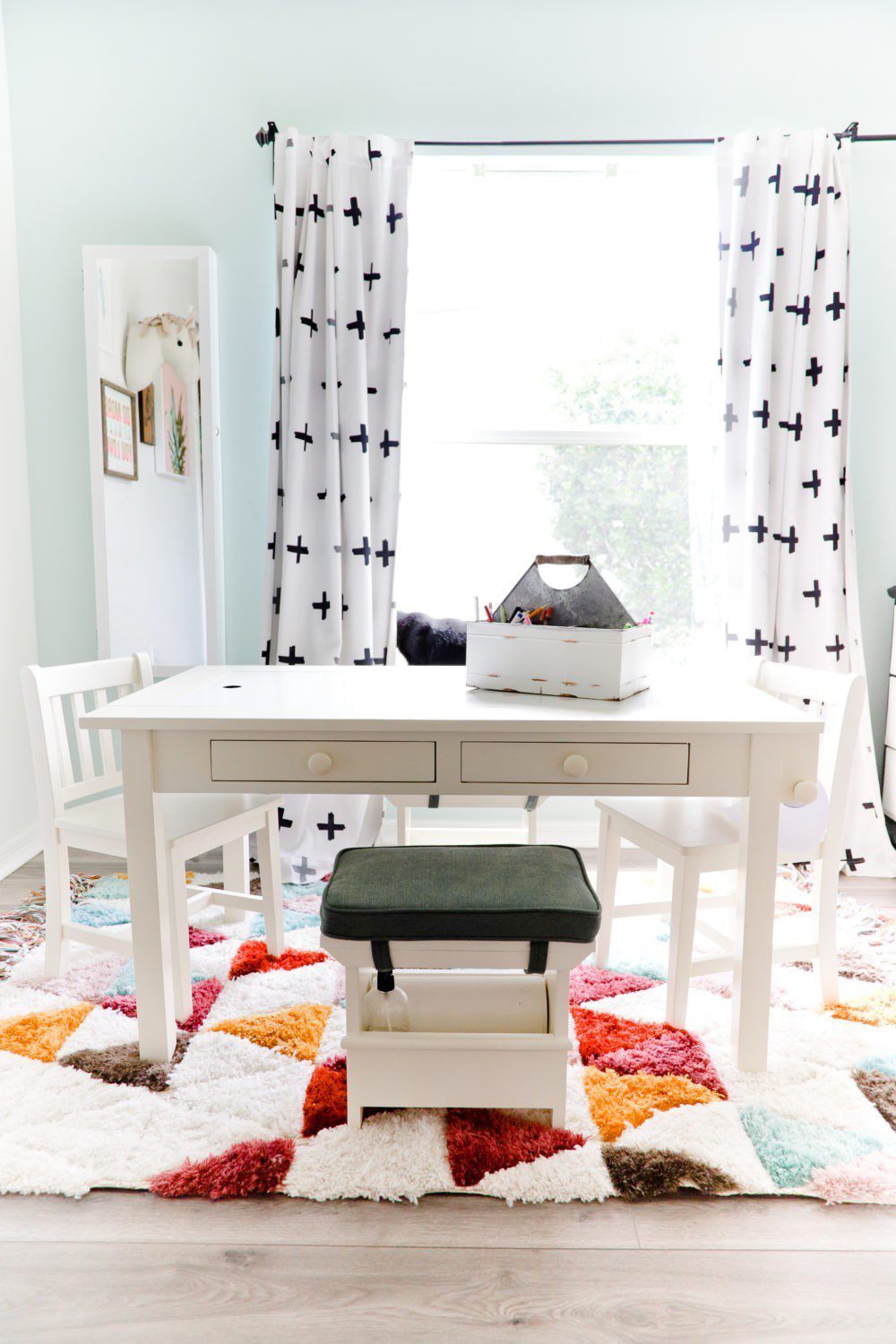 6 Best Tips to Transition Your Child from Crib to Toddler Bed: Aria's Big Girl Bed| 6 Best Tips to Transition Your Child from Crib to Toddler Bed: Aria's Big Girl Bed by popular Florida lifestyle blog, Fresh Mommy: image of a play art table.