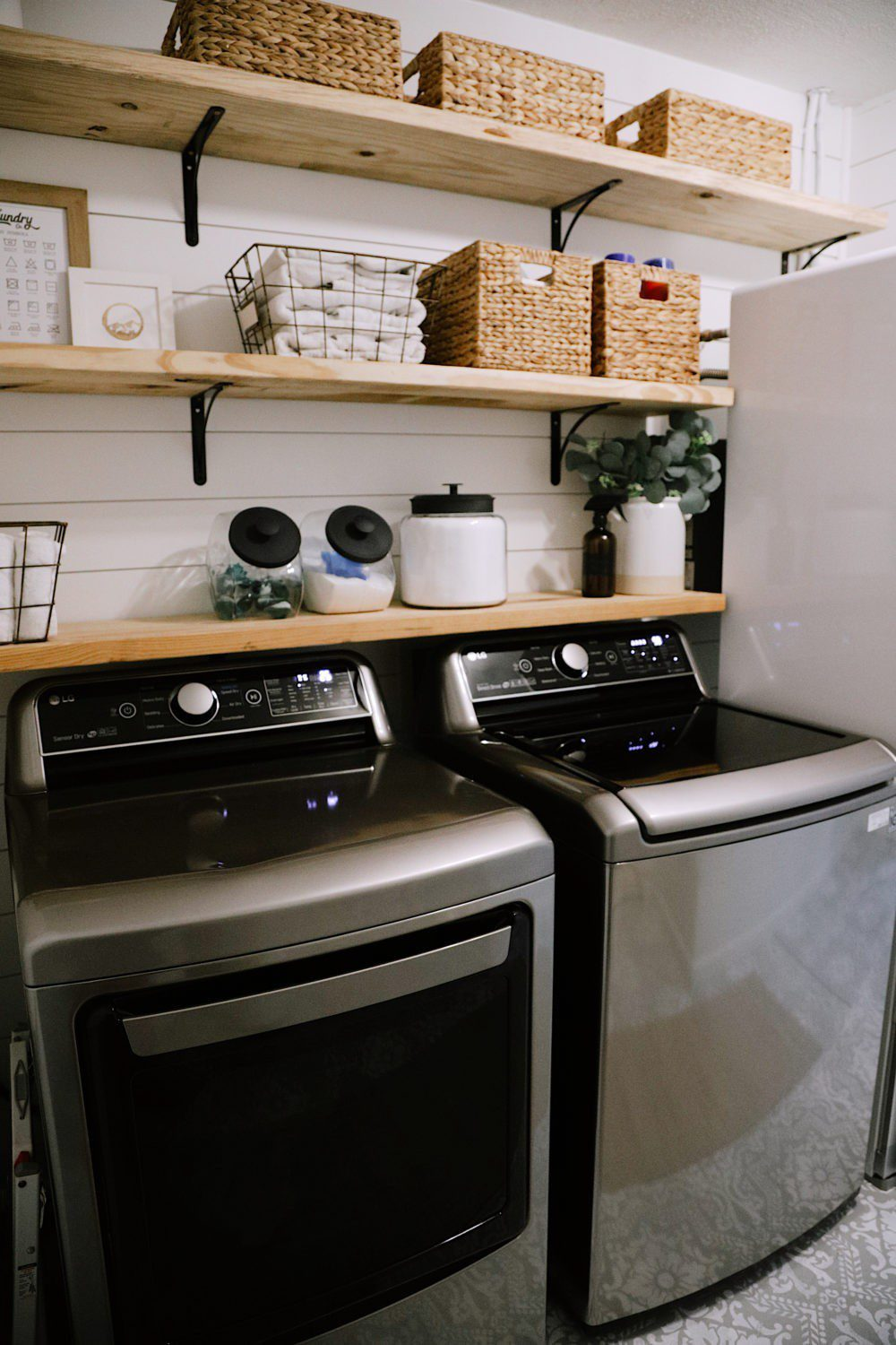 How We Designed a Family Friendly Laundry Room in our Garage - The Reveal! | How We Designed a Family Friendly Laundry Room in our Garage - The Reveal! by popular Florida DIY blog, Fresh Mommy: image of a family friendly laundry room.