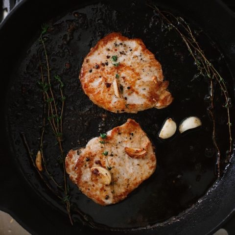 How To Cook Tender Skillet Pork Chops in the Oven What if I told you we figured out how to make sure to get those tender, juicy skillet pork chops every time, with a quick roast in the oven? Ready to say goodbye to dry, flavorless chops? These tips will have you adding tender pork chops back to your rotation. Try our pork chop recipe with browned butter garlic sauce!