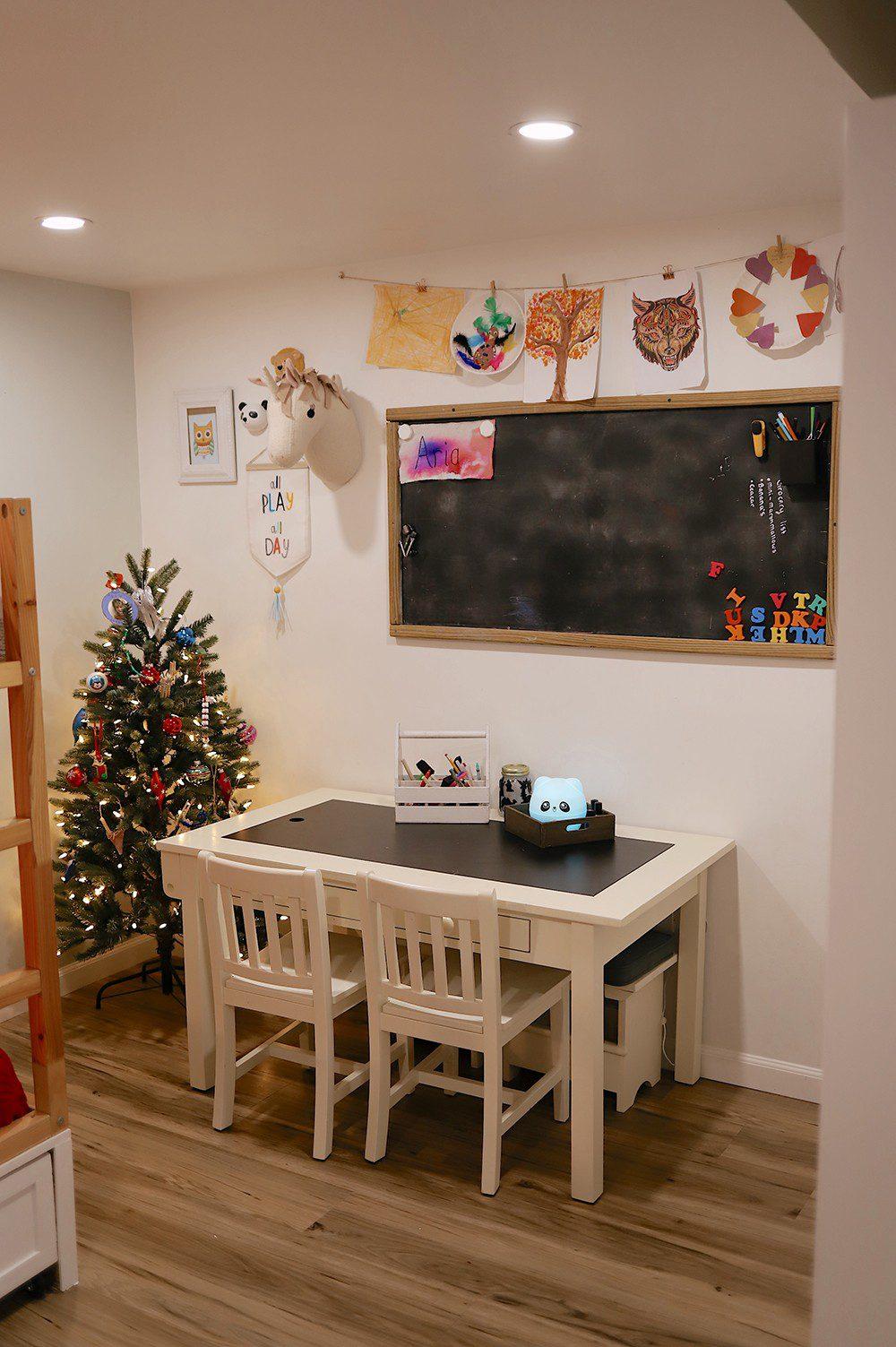 Christmas Tree in the kids room _ Tabitha Blue