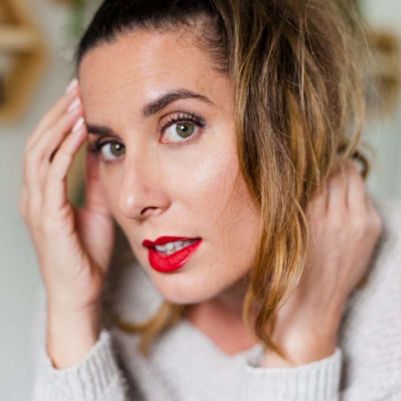 Bold Lip featured by top US beauty blog Fresh Mommy Blog