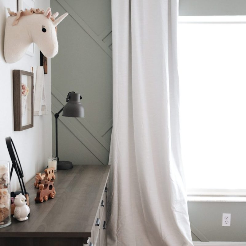 Shared girl's room design inspiration and how to DIY a gorgeous feature wall